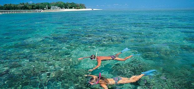 浮潜-绿岛-大堡礁-大冒险-碧海-蓝天-凯恩斯