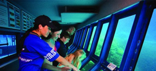 澳大利亚-凯恩斯-大堡礁-诺曼礁-大冒险号-外堡礁-一日游-玻璃半潜船-海底世界