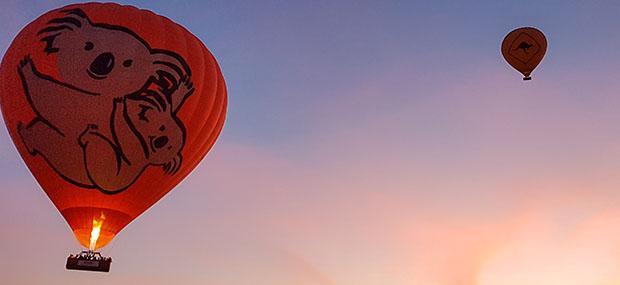 热气球-亚瑟顿高原-倾城-飞行-朝阳-考拉