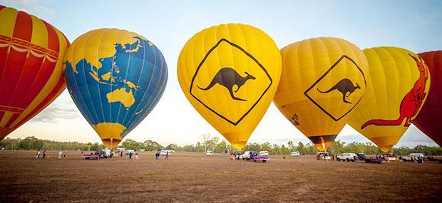 凯恩斯-热气球-袋鼠-考拉-黄色-气球-飞行